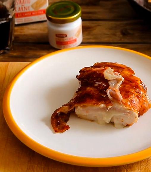 Cordon bleu di pollo e pancetta all'Estratto di carne Liebig