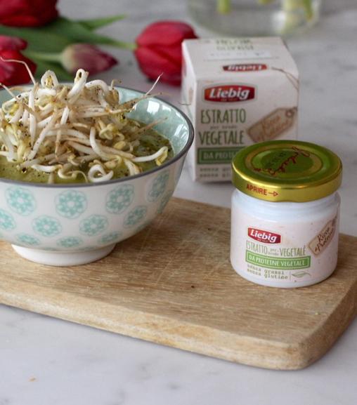 Vellutata di piselli e scarola con Estratto vegetale Liebig