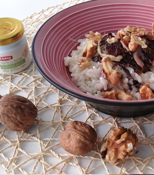 Risotto speck, radicchio, provola e noci con Estratto vegetale Liebig