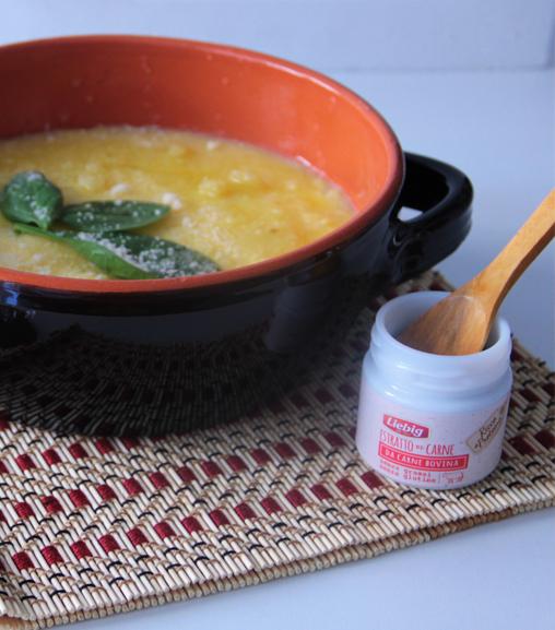 Vellutata di polenta con spinacino baby ed Estratto di carne Liebig
