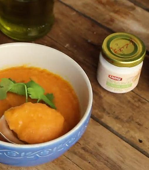 Vellutata di zucca, carote e patate all'estratto per brodo vegetale Liebig