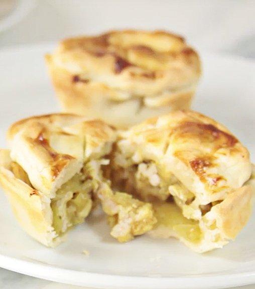 Mini pie di pollo al curry con Estratto di carne Liebig